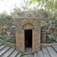 小藍東呉墓